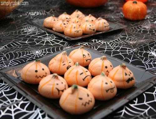 Pumpkin meringues 2